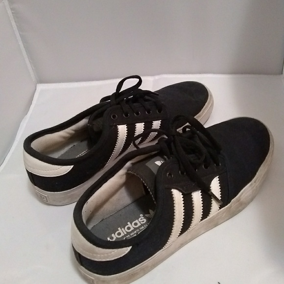 39309a3dedc adidas Shoes - CCO! Adidas 3 Stripe Shoe 5 1 2